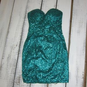 May Queen Strapless Sequin Dress Size 6